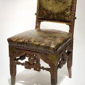 Резной дубовый стул с латунной инкрустацией